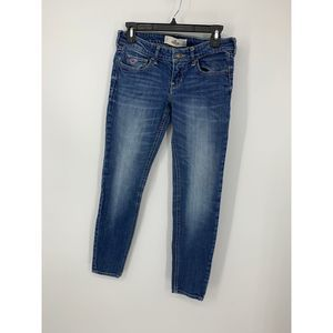 hollister 3s 26x29 distressed skinny jeans